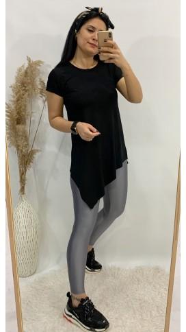 Asimetri Basic Tişört - SİYAH