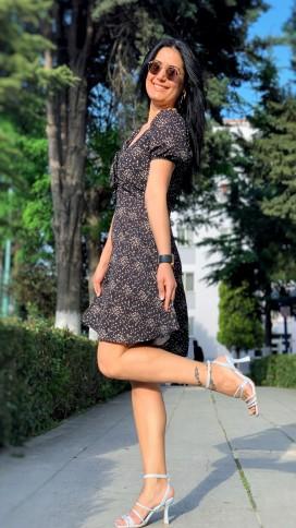 Yaka Büzgülü Volan Elbise - SİYAH