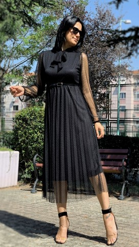 Boyundan Bağlı Güpür Elbise - SİYAH